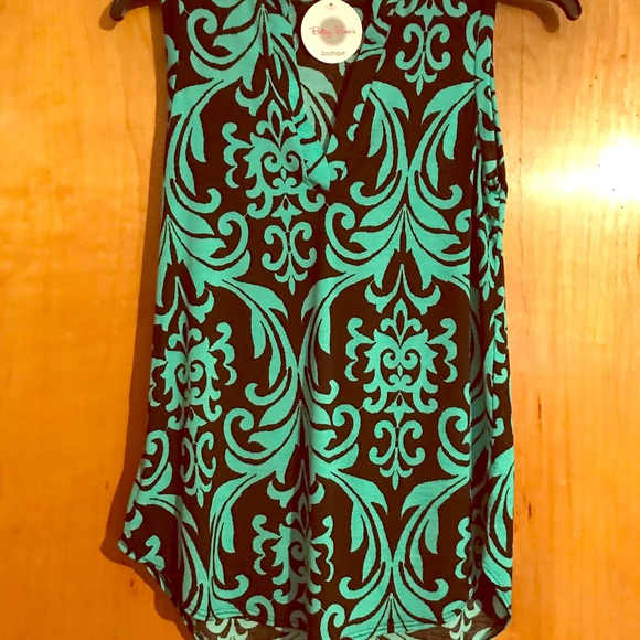 d1c2a28afd BNWT Betsy Boo s Boutique Tank. Size L.